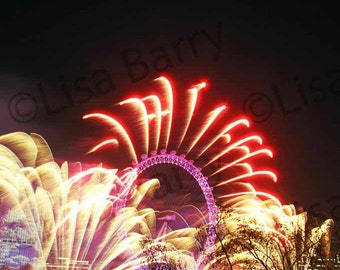 Architecture photography, Fireworks, London Eye, England, color photography, red, yellow, black, night photography, notecard