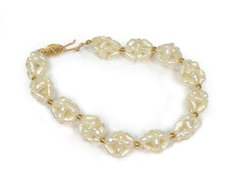 Vintage 1980s 14k Yellow Gold and Freshwater Pearl Bracelet