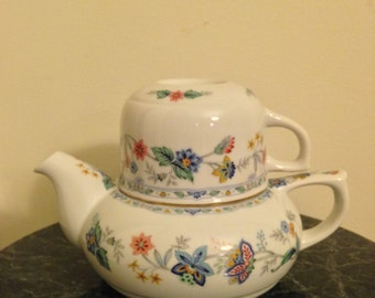 Porcelain teapot with cup by Andrea  MADE in Japan