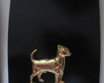Chihauhau Dog Pin - Metal - Gold Tone  Made in USA - 1980's - Mounted on Card