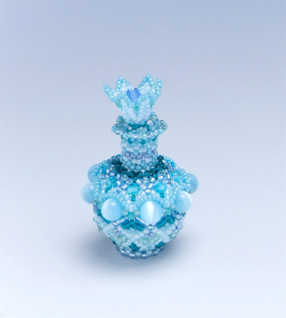 beaded decorative vase aqua blue flower shaped stopper bud