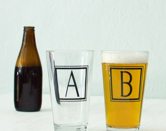 "MONOGRAM ""E"" GLASSWARE single inital letter ""e"" screen printed Pint Glass"