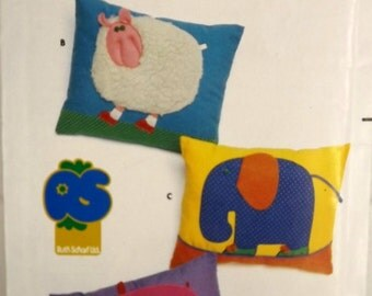Vintage 70's Sewing Pattern, Childrens' Animals Pillow