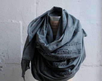 040 gray cotton printed scarf