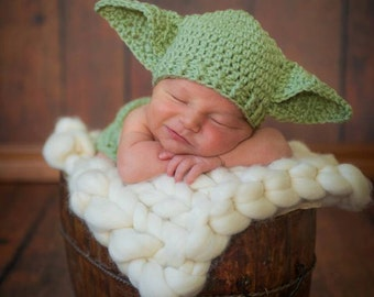 Yoda Hat Star Wars Hat Baby Size Newborn 0 3m 6m  Crochet Photo Prop Clothes Boys Girls Gender Neutral POPULAR Worldwide Dads Favorite