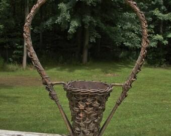 Vintage Victorian Church Flower Basket - Tin Insert