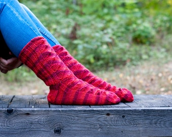 Hand knit wool socks stripes of red with lace pattern