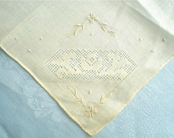 Unused Hankie with Delicate Flower Hand Embroidery Vintage Handkerchief