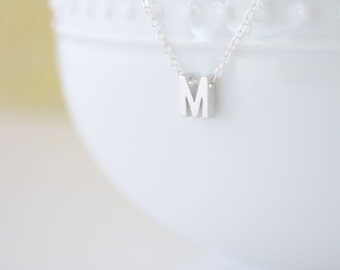 Tiny Silver Letter Necklace - silver initial necklace - 1101