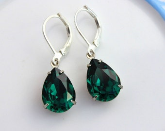 Swarovski Emerald Green and Silver estate style drop earrings, emerald earrings, green earrings, swarovski earrings, drop earring MSEG03