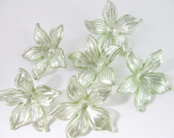 12 Vintage 30mm Pale Sage Green Acrylic Flower Beads Bd866