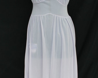 1950s 1960s Sheer Purple Nylon Van Raalte Nightgown Size 34