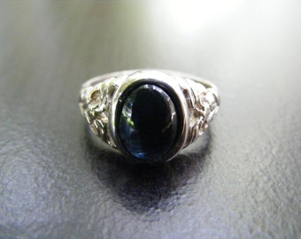 15% Off Sale.S77 New Sterling Silver Antique Style Filigree Ring with 3 Carat Cabochon Cut Natural Sapphire Gemstone