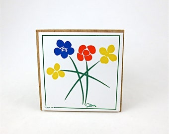 Vintage Saltera Wall Tile / Primary Mod Flowers by Himark Giftware / 1983