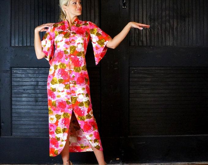 1940s Hawaiian Dress Rare Pake Mu'u Vintage Pinup MEDIUM Half Kimono Sleeves Tea Timer Pink White Green Tropical Floral Faille Hawaiian Togs