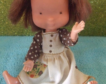 1975 Holly Hobbie Collectible Doll