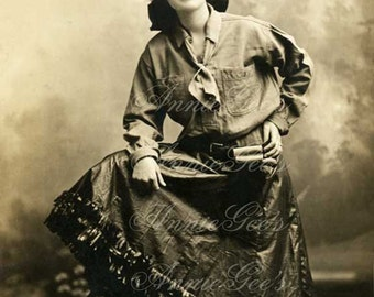 Vintage Western Real Cowgirl Photo Postcard - Instant Digital Download Photo D114A