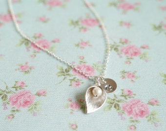 Personalized Calla Lily Necklace, Mothers Day Gift Idea for Her, Initial Necklace, Personalised Bridesmaid Gift, 1, 2, 3, 4 Initials