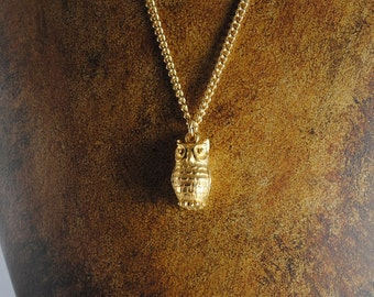 Vintage Gold Toned Owl Charm Necklace