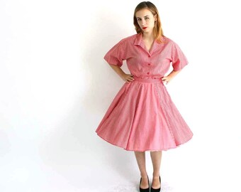 SALE vintage gingham dress size large . red picnic plaid square dance dress . blouse and skirt set . circle skirt . country dress . 2 pc set