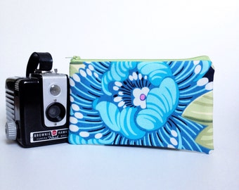 Blue Blossom Pouch