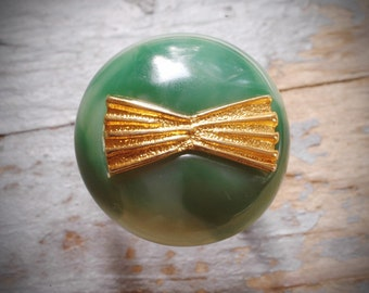 cute green and gold bow ring. unique vintage re-purposed adjustable retro ring on antiqued brass by val b.