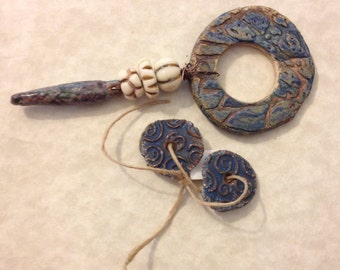 Antique rustic blue stoneware bead set odd214
