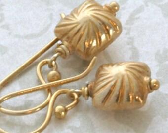 GOLD Vermeil Dangle Drop Earrings // luluglitterbug