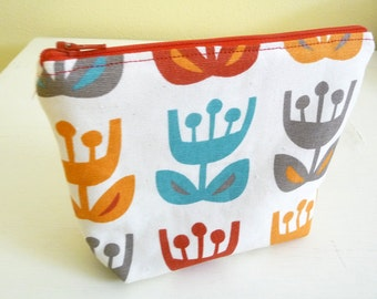 Scandinavian Tulip Print Zippered Pouch, Cosmetics Bag with easy to clean lining