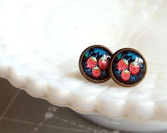 vintage inspired summer strawberries framed post earrings- strawberry