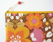Zipper pouch makeup bag retro mod flower orange pink brown yellow handmade purse floral zipper pouch 1960s 1970s zipper purse quilted padded