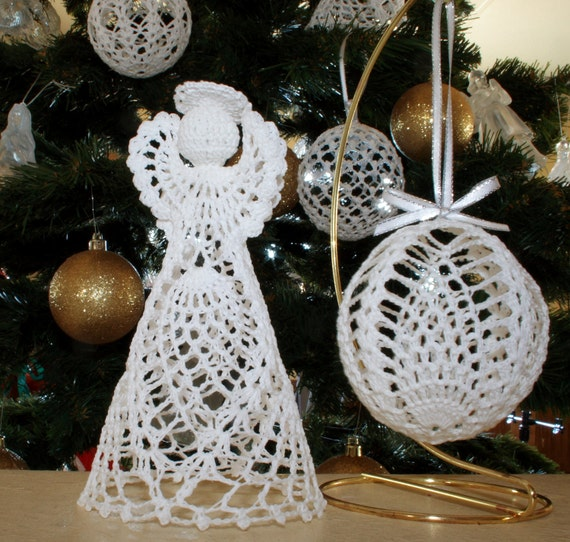 Crochet Patterns Free Angel : Christmas Pineapple Angel and Ball ornament Crochet pattern