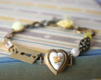 Rosie's Vintage Bracelet in Yellow