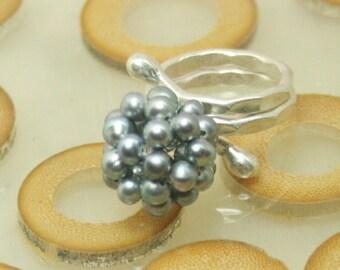 Snowball ring