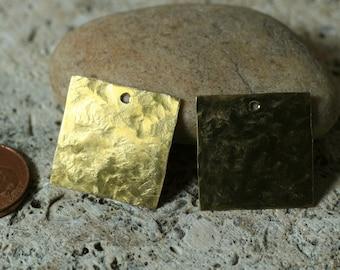 handmade hammered textured solid brass square dangle tag drop pendant 20x20mm, 2 pcs (item ID LSBS20x20HK)