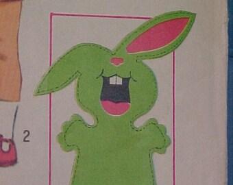 Simplicity Pattern 8763 Puppets Jumpsuit size 3