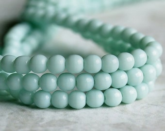 Pale Jade Green Czech Glass Bead 4mm Round Druk : 100 pc