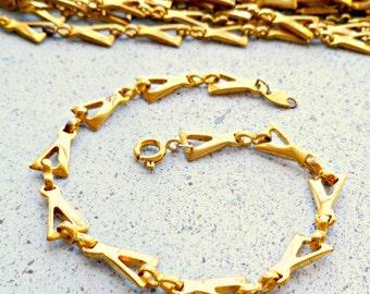 Two Vintage Solid Raw Brass Trifari Triagle Bracelets Finding (4-12F-2)