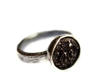 Scratch Band Drusy Solitaire- Shiny Edition - Black 10mm Stone