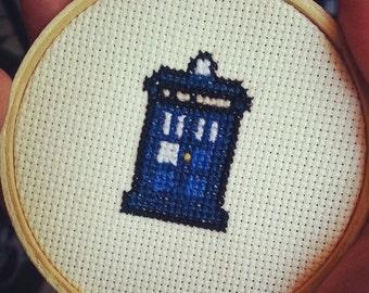 TARDIS Sprite - Dr Who Cross Stitch Pattern Download