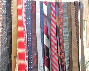 Vintage Necktie Tie Lot of 18 Stellar Skinny Tie *