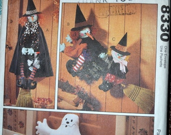 Sewing Pattern McCall's 8330 Halloween Decorations  Uncut Complete