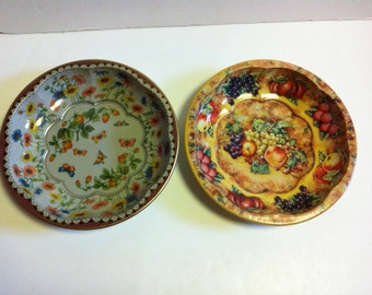 vintage Oriental Daher metal bowls great for fruit or craft supplies made in england two 1971
