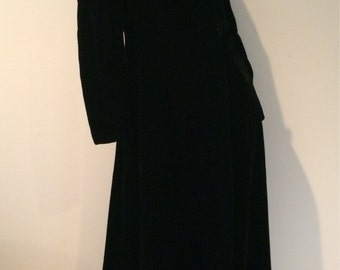 Vintage Long black velvet velveteen hooded goth opera coat