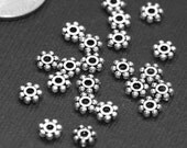 50 pcs of antique Silver flower spacer Daisy spacer 5mm