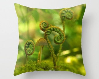 Mushrooms Among The Ferns Pillow Cover Woodland Scene Forest Green Ferns Natural History