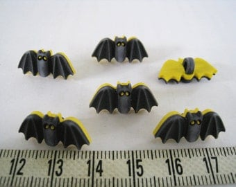16pcs of Black Bat Shank Button - Yellow Eyes Matte