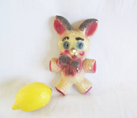 Vintage Chalkware Plaque - Easter Bunny Rabbit - Chippy Carnival Prize