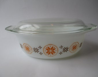 Vintage Pyrex Town and Country  Oval 1.5 Qt Casserole with Lid, Pyrex Bakeware, Pyrex Ovenware