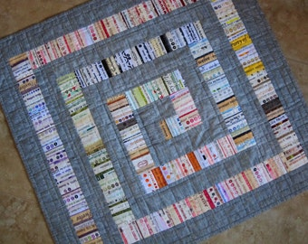 MODERN GRAY Selvage Quilt Pattern from Quilts by Elena Selvages